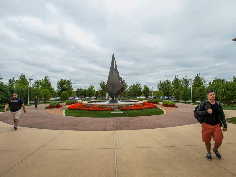College of DuPage Fountain